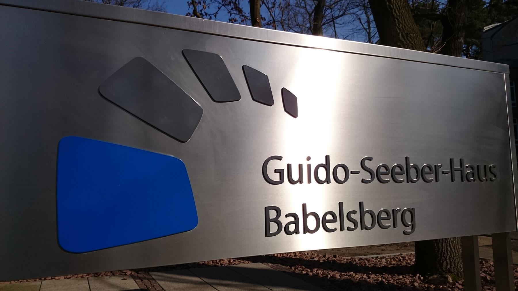 Guido-Seeber-Haus-Schild